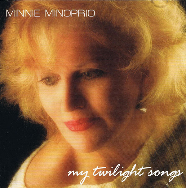 my twilight song - minnie minoprio